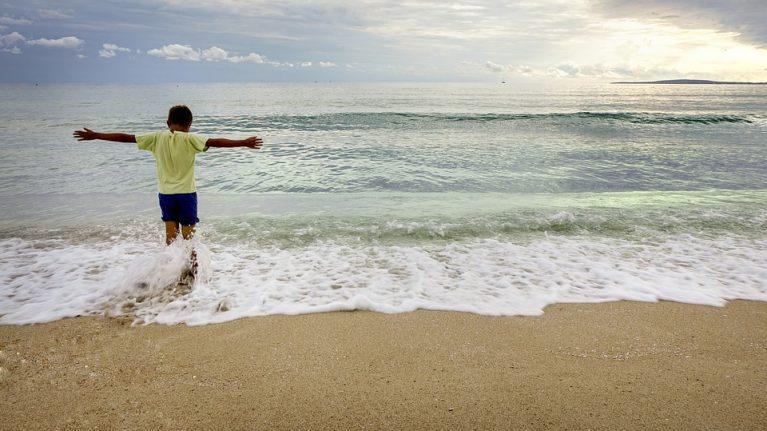 Enquanto eu via o menino e o mar
