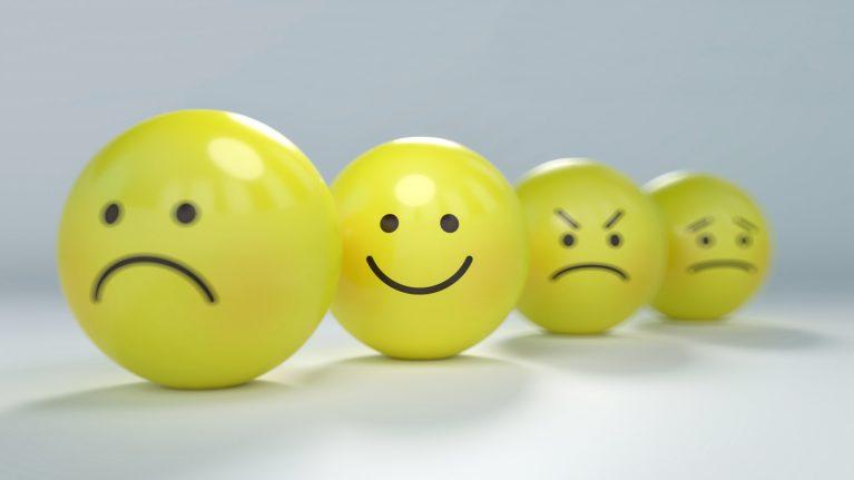 Como se livrar de pensamentos e comportamentos negativos?