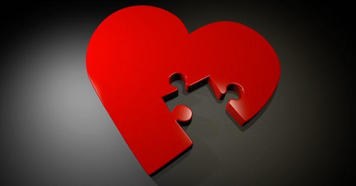 Eu tenho algo muito importante para compartilhar agora, mas, talvez, você não goste do que vou lhe dizer: infelizmente, se não consegue estabelecer amor em relação ao outro, muito provavelmente, você também não consegue alimentar o seu amor-próprio. A baixa autoestima deve lhe fazer companhia, e não tem nada a ver com sua habilidade em conquistar ou não o amor do outro. O que pode estar lhe faltando é enxergar a si mesmo(a) e amar a si mesmo(a).